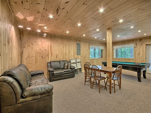 Maple Ridge Lodge