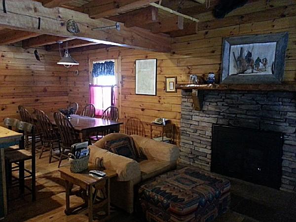 Rockside Cabin