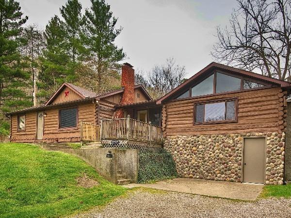 Pine Grove Log Cabin
