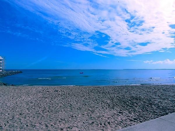 Lakeside Retreat- On Lake Erie