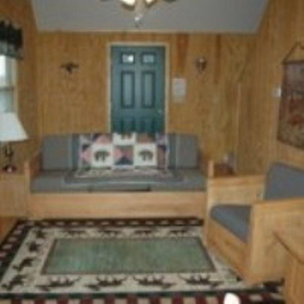 Cabin 8 Retreat