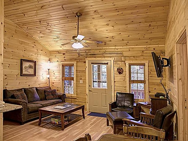 One Room Cabins Delectable Getaway Cabins  Hocking Hills Cottages And Cabins Decorating Inspiration