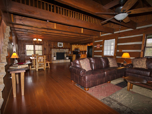 Grand Oak Cabin