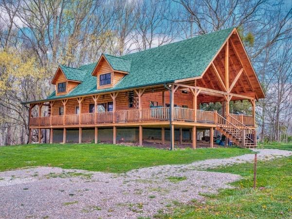 MeadowLark Lodge