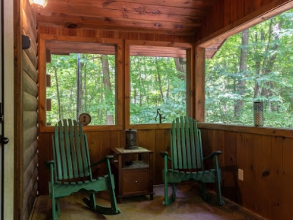 The Woods Cabin