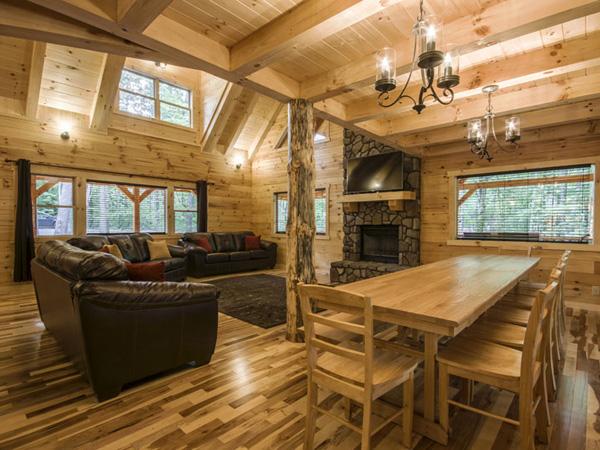 Hickory Hill Lodge