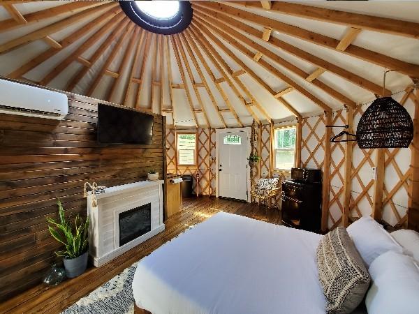 Hill side retreat bedroom