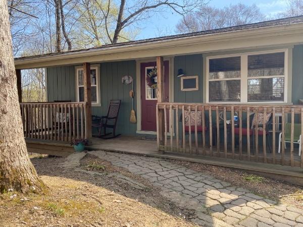 Twin Oak Cabin